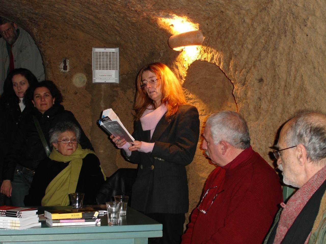 Eresia pura, presentato da Adriano Petta (l'autore), serenella Bischi (la lettrice) e Marcello Baraghini (l'editore di stampa alternativa).